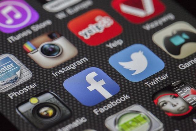 La publicité payante sur les réseaux sociaux